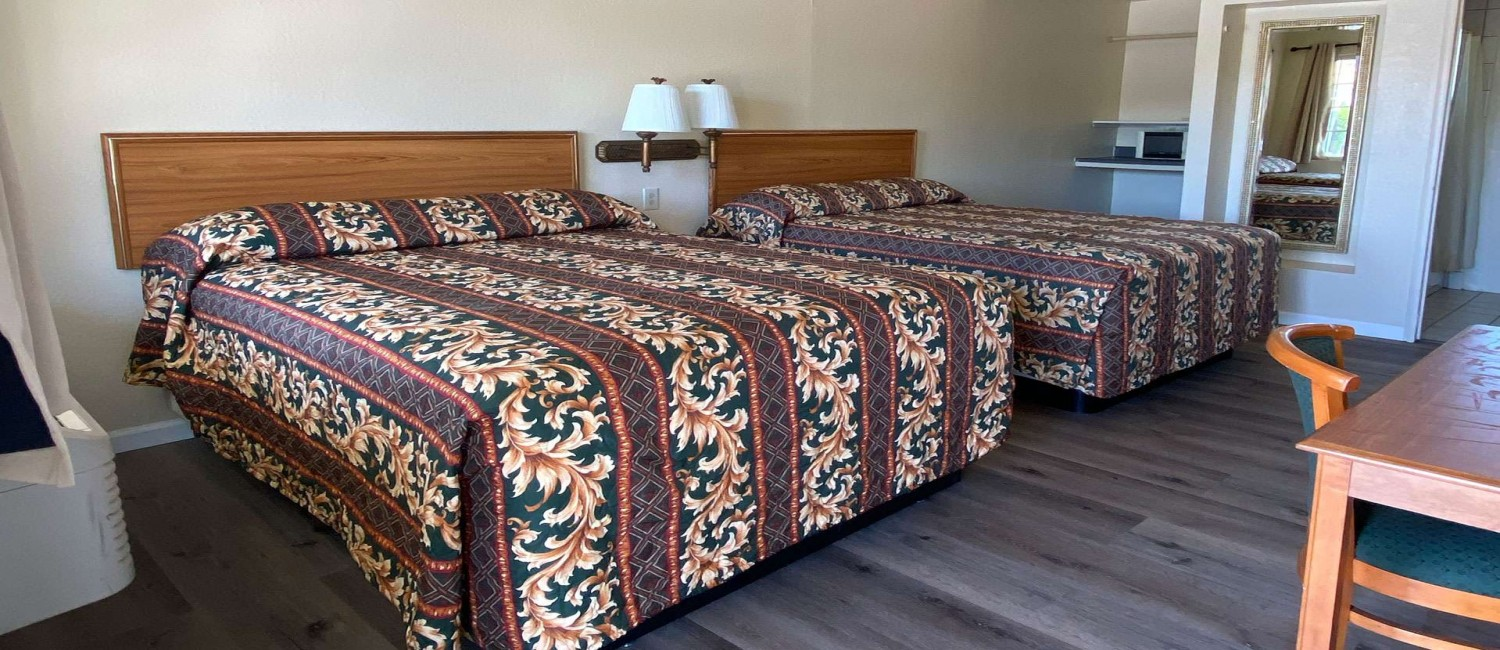 EXPERIENCE ALL OF THE COMFORTS OF HOME  AT OUR MORGAN HILL MOTEL
