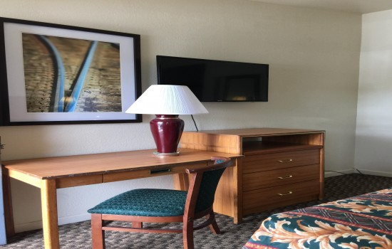 Welcome To The Holiday Motel - In-Room Conveniences
